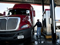 7 Tips for Trucking Companies to Increase Fuel Economy